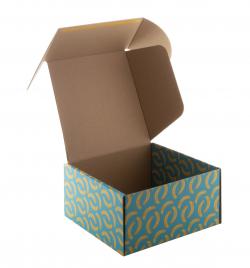 Personalizowane, kwadratowe pudełko prezentowe/pocztowe z tektury falistej z nadrukiem full kolor - AP716130